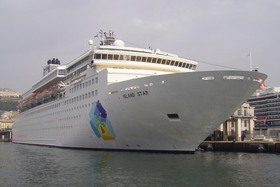 2008 - M/S ISLAND STAR in Napoli.