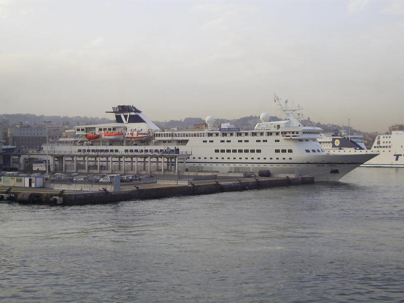 2007 - M/S JULES VERNE in Napoli.
