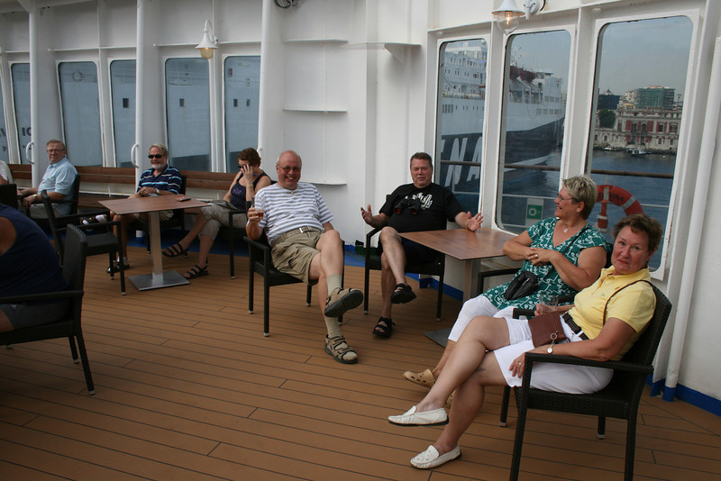2010 - On board M/S KRISTINA KATARINA : happy cruisers.