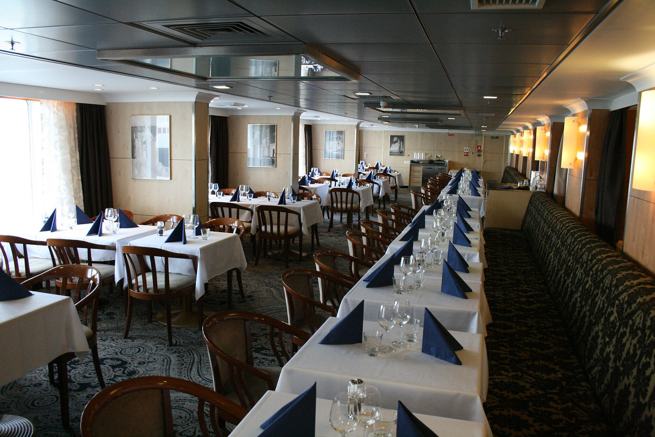 2010 - On board M/S KRISTINA KATARINA : A' la carte restaurant Aurora, deck 6.