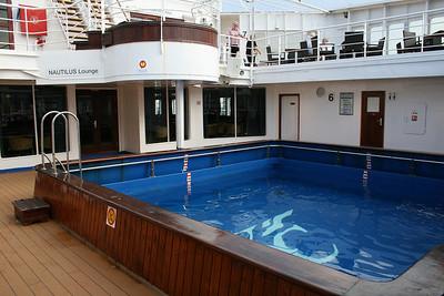 2010 - On board M/S KRISTINA KATARINA : swimming pool.