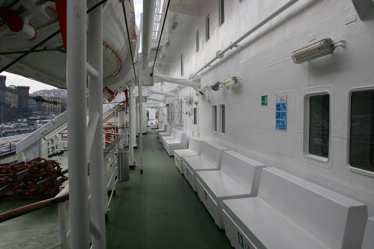 2010 - On board M/S KRISTINA KATARINA : walkway, deck 7.