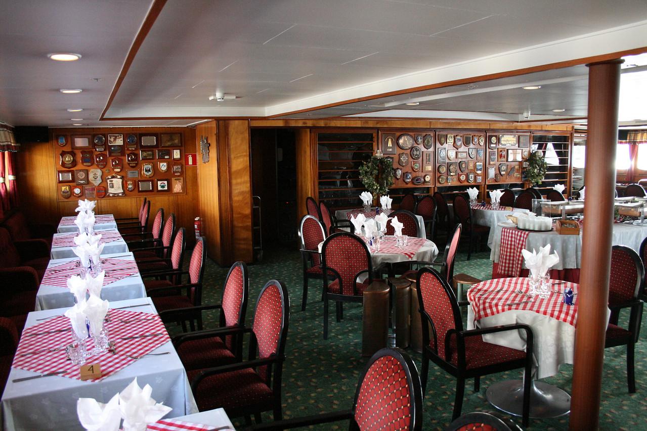 2009 - On board S/S KRISTINA REGINA : restaurant Kotka, deck 4.