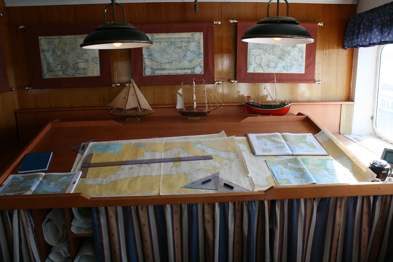 2009 - On board S/S KRISTINA REGINA : nautical maps for guests.