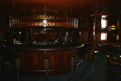 2009 - On board S/S KRISTINA REGINA : Manoeuvre bar, deck 5.
