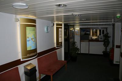 2009 - On board S/S KRISTINA REGINA : shore excursions desk, deck 3.