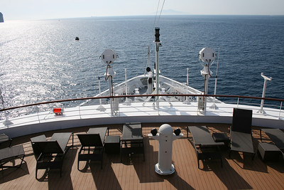 2011 - On board M/S L'AUSTRAL : panoramic terrace, deck 6 Mahè.