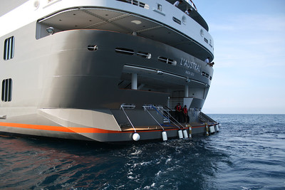 2011 - On board M/S L'AUSTRAL : Marina, disembarking platform, deck 2 Pondichery.