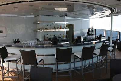 2011 - On board M/S L'AUSTRAL : open air bar, deck 7 Zanzibar.