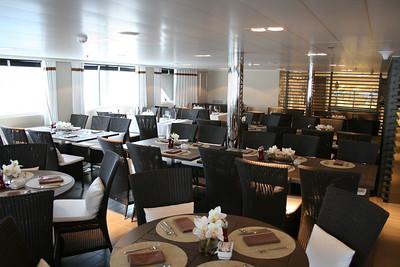 2011 - On board M/S L'AUSTRAL : Grill restaurant, deck 6 Mahè.