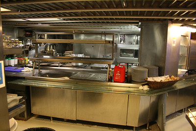 2011 - On board M/S LE PONANT : the kitchen.