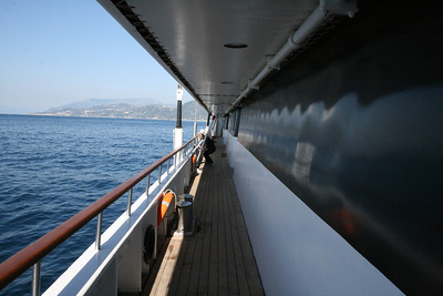 2011 - On board M/S LE PONANT : walkway, Saint Barth deck.