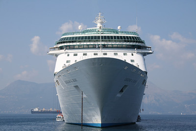 2009 - M/S LEGEND OF THE SEAS offshore Corfu.