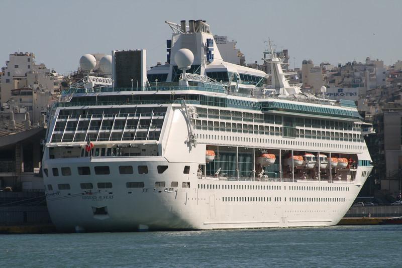 2009 - M/S LEGEND OF THE SEAS in Piraeus.