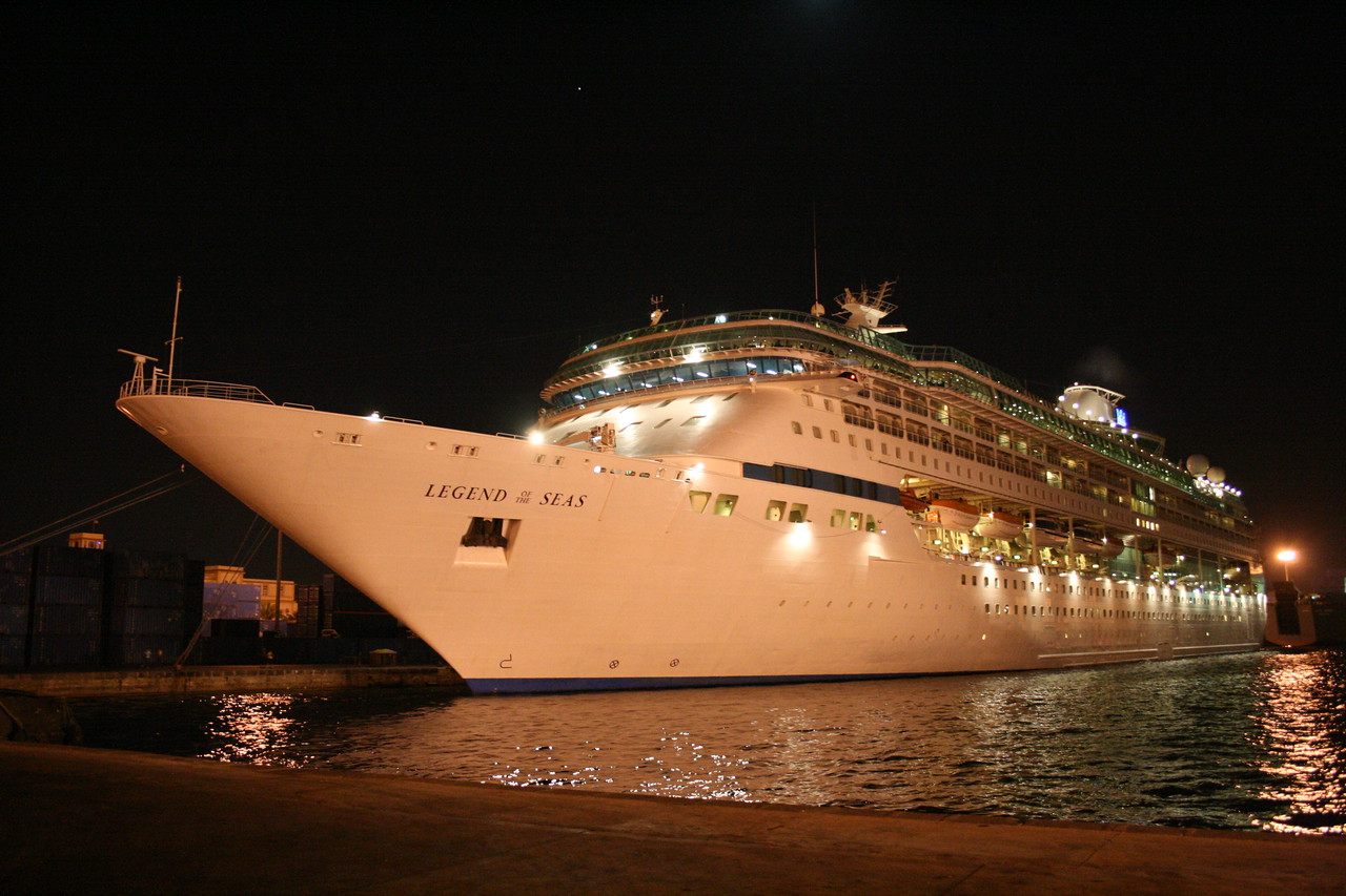 2009 - M/S LEGEND OF THE SEAS in Alexandria.
