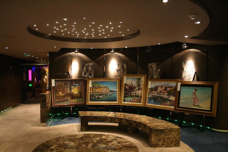 2009 - On board MSC FANTASIA : Gallery Plaza.