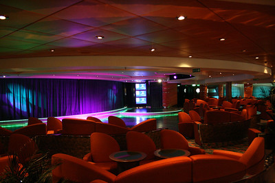 2008 - On board MSC MUSICA : Crystal Lounge.