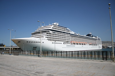 2008 - M/S MSC MUSICA in Piraeus.