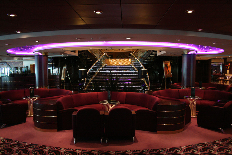 2008 - On board MSC MUSICA : il Tucano lounge.