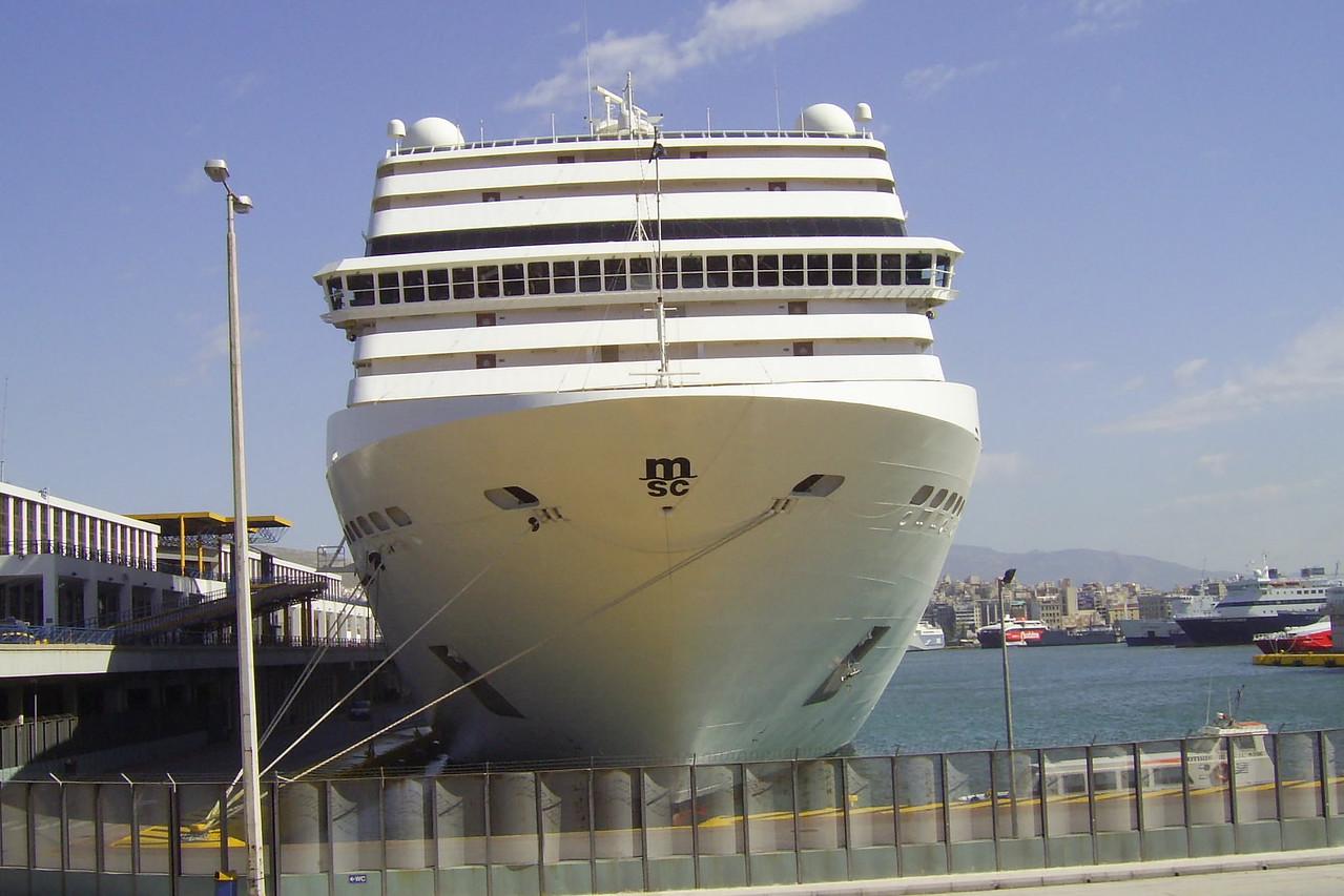 2008 - M/S MSC MUSICA in Piraeus.