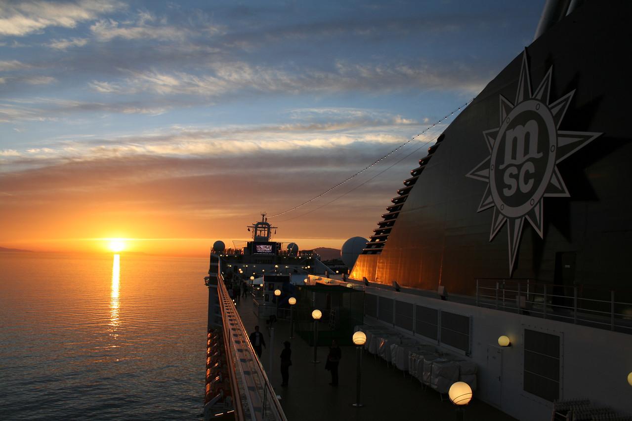 2008 - On board MSC MUSICA : sunset.