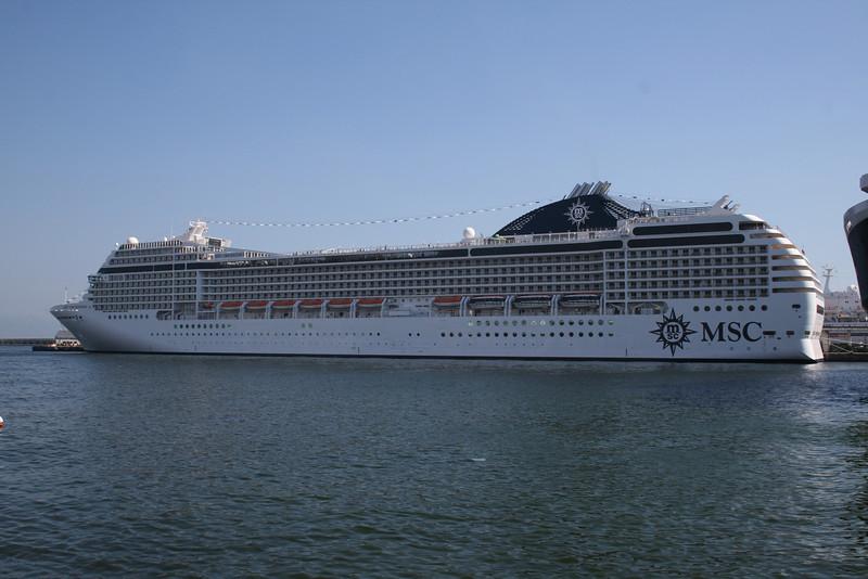 2008 - M/S MSC ORCHESTRA in Napoli.