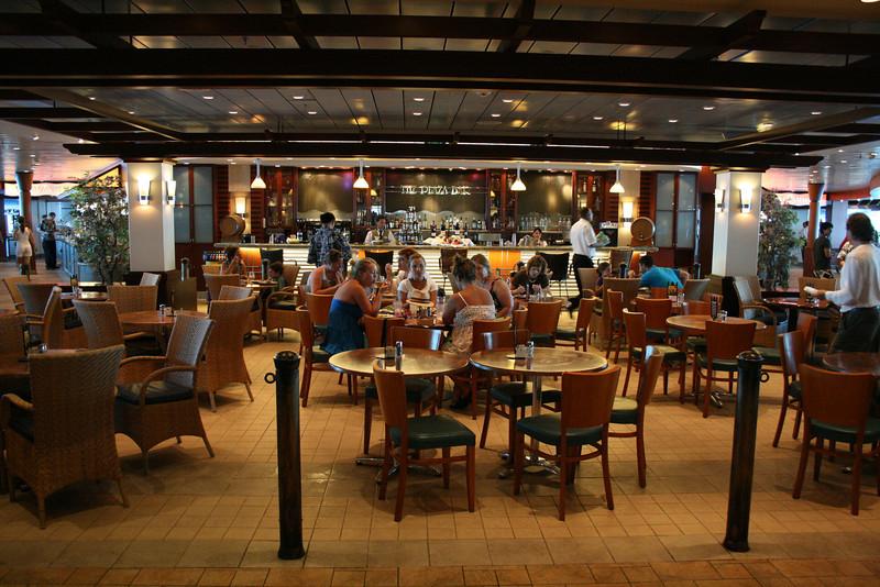 2010 - On board NAVIGATOR OF THE SEAS : The Plaza bar.