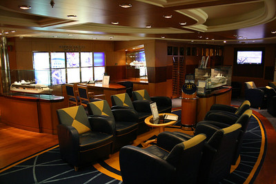 2010 - On board NAVIGATOR OF THE SEAS : Business services.