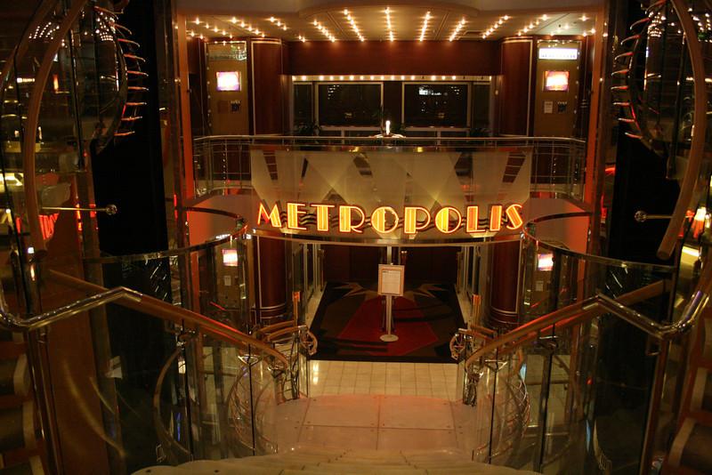 2010 - On board NAVIGATOR OF THE SEAS : Metropolis Theater.