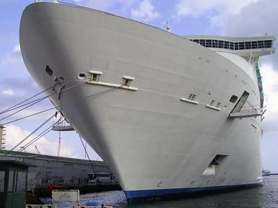 2010 - M/S NAVIGATOR OF THE SEAS in Napoli.