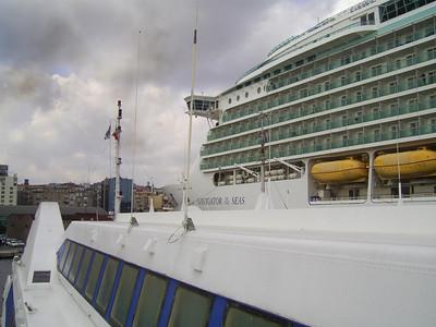2010 - M/S NAVIGATOR OF THE SEAS in Napoli, seen from the bridge of HSC ISOLA DI CAPRI.