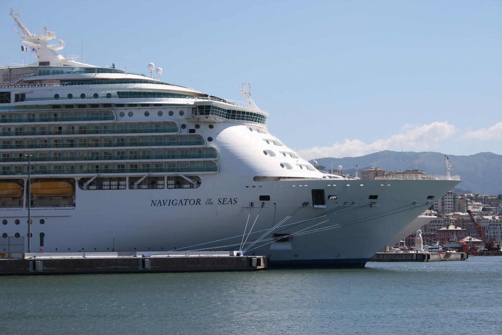 2010 - M/S NAVIGATOR OF THE SEAS in Genova.