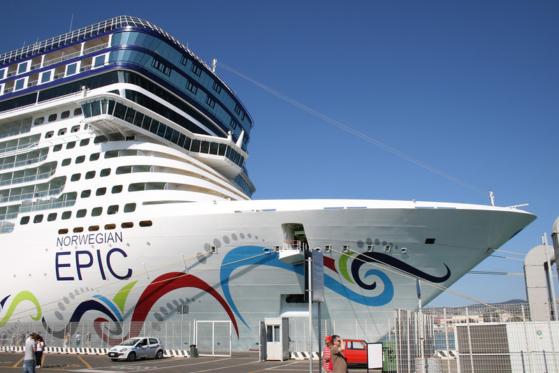 2011 - NORWEGIAN EPIC in Civitavecchia.