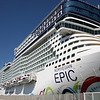 NORWEGIAN EPIC : M/S NORWEGIAN EPIC  IMO 9410659  Built 2010  Passengers 4200  Knots 22,5  Owner : NORWEGIAN CRUISE LINE