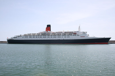 2008 - T/S QUEEN ELIZABETH 2 in Civitavecchia.