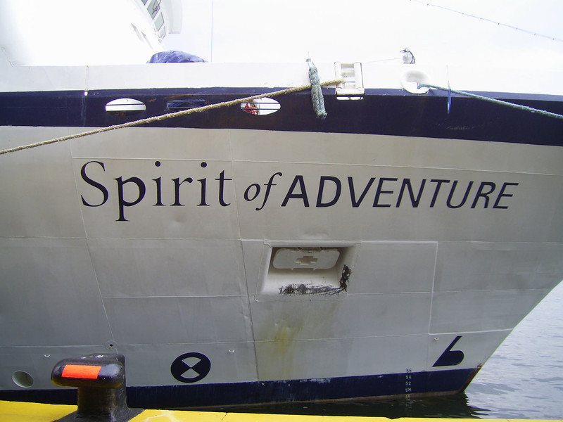 2010 - SPIRIT OF ADVENTURE in Napoli.