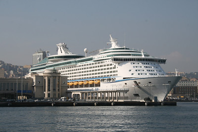2008 - M/S VOYAGER OF THE SEAS in Napoli.