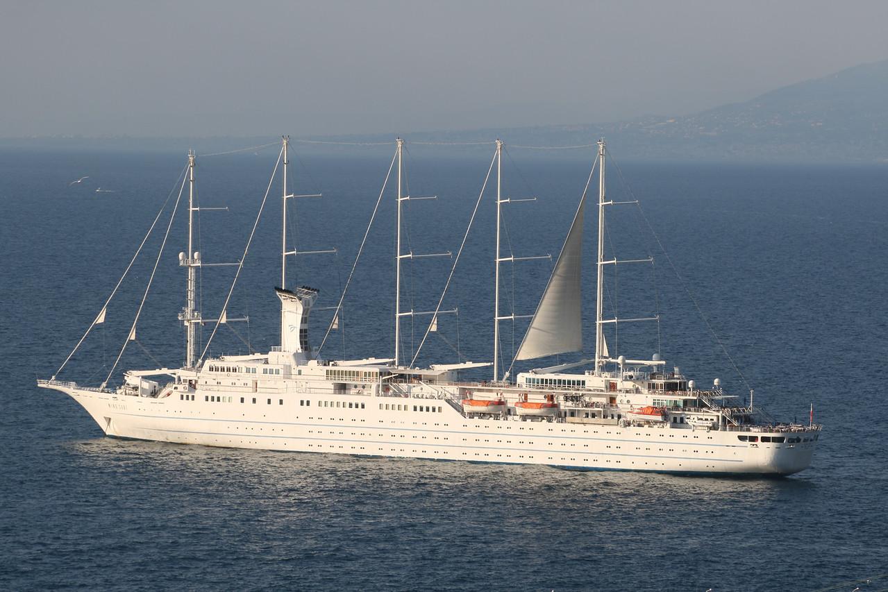 2011 - WIND SURF offshore Capri.