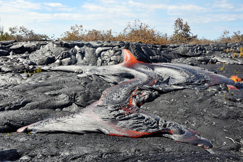 A pahoehoe flow produces a ropy texture. Photo by CSAV.