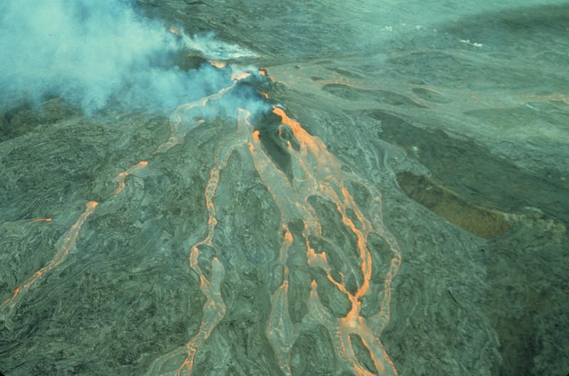 [P79] [R3-18-74] [Forbes]  [HI Eruptions Mauna Ulu 3]