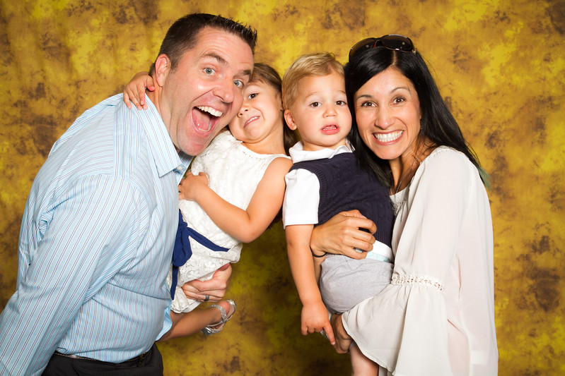 150510-Canyon-Springs-Mothers-Day-Photobooth-0049