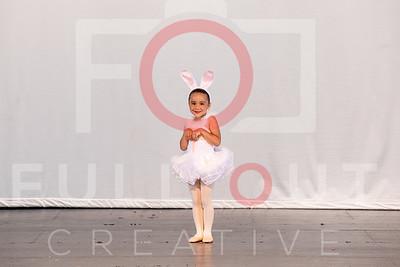 6-21-On-Stage-034-LR-FullOutCreative