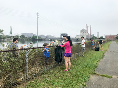 International Coastal Cleanup Day In New Haven
