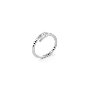 Loop stone ring silver