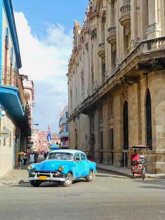 CUBA VINTAGE CARS