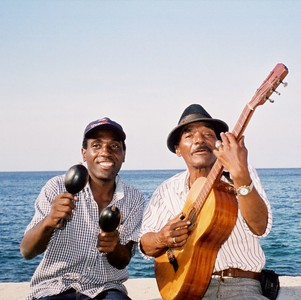 Musicos en la malecon - Musicians on the Malecon