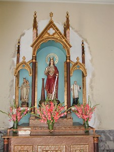 Altar in the Church of Saint Lazarus - Iglesia de san Lazaro