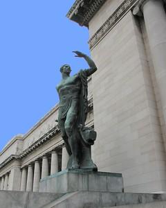 """Capitolio Statue Cuba"""