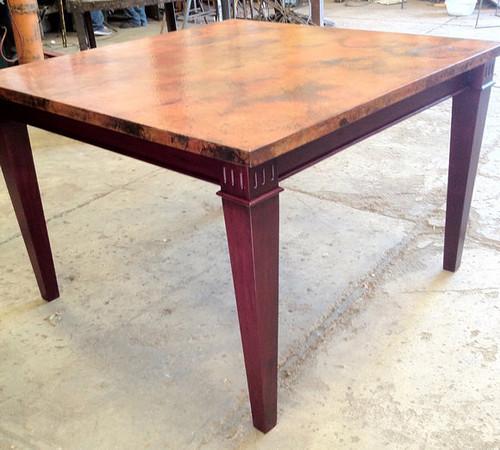 Table top on base. Beautiful, isn't it.