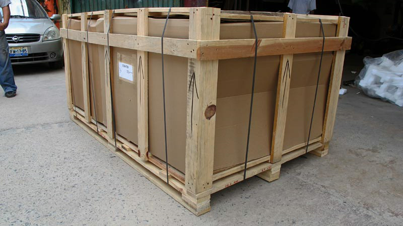This is what the crate should look like when it is delivered. If there is outside damage to the crate, you want to note it on the delivery receipt and have the driver initial it. And you want to get your camera out and take photos of the damaged crate and as you unpack. The crate is 78 x 48 x 38 and weighs approximately 450 pounds. Please note that the only time we have damage is when the crate is mistreated by the trucking company.